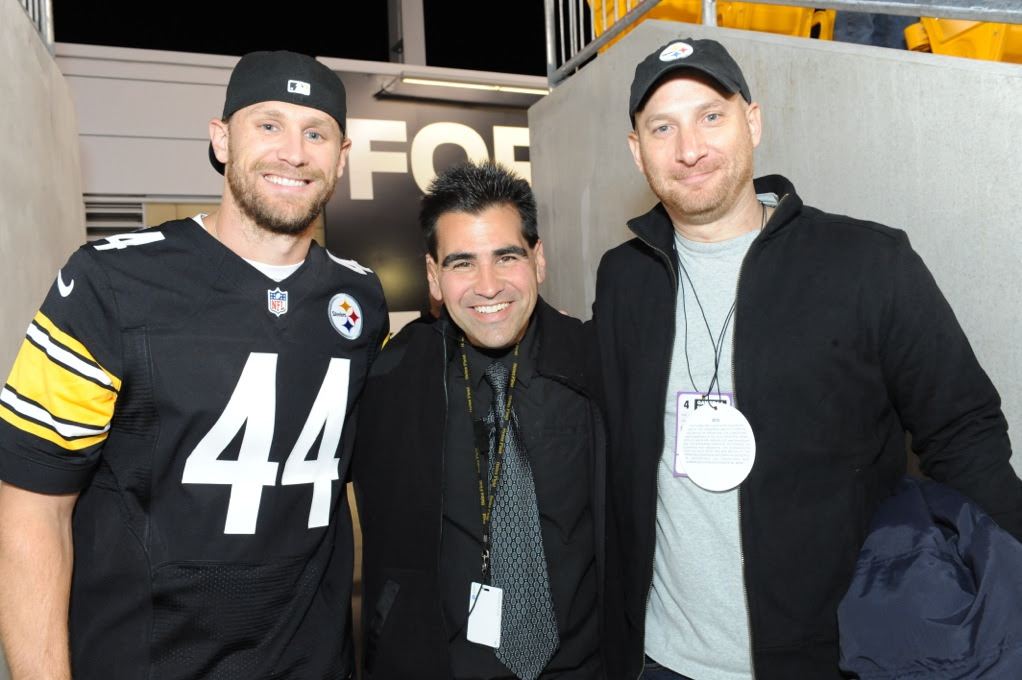 Chase Rice Surprises Fans At Steelers Vs Ravens Game Prior