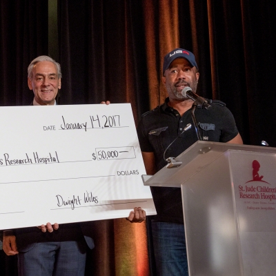 ACM Lifting Lives surprises Darius Rucker with donation to St. Jude in honor of his charitable work  L to R: GRAMMY Award-winning country music artist Randy Owen, President and CEO of ALSAC, Richard Shadyac Jr. and Darius Rucker Credit: Seth Dixon